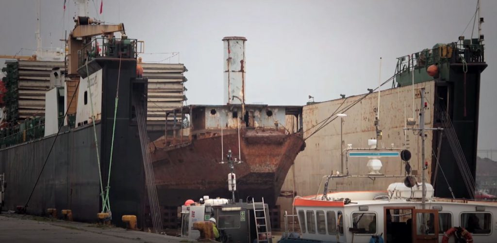LCT 7074 in liftship 2